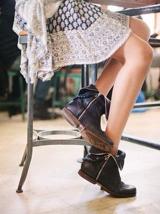 shorts boots shoes biker zip up zips old weatern modern dress hippie white dress patterned dress pattern indie skirt cute flowers print floral flower skirt grunge black boots girly cute shoes!