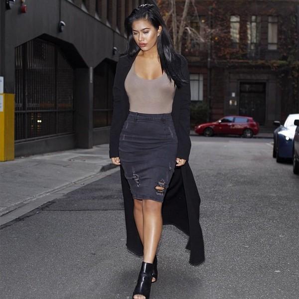 Skirt: ripped deni, black deni, ripped denim skirt, white x black ...