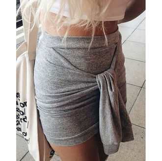 skirt on point clothing mini skirt short skirt blonde hair cute women gorgeous fashionista style girly cool girl blogger summer instagram pretty beautiful date outfit clothes tumblr hipster grey event travel