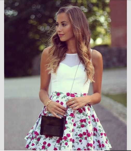 floral shorts top white
