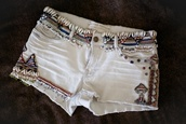 shorts,short,white