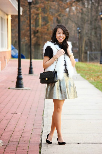 refined couture blogger metallic skater skirt faux fur vest jacket dress top skirt shoes bag metallic skirt white fur vest silver