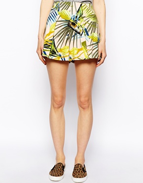 ASOS | ASOS Shorts in Tropical Print at ASOS