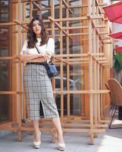 skirt,midi skirt,plaid skirt,slit skirt,belt,blouse,platform pumps,crossbody bag