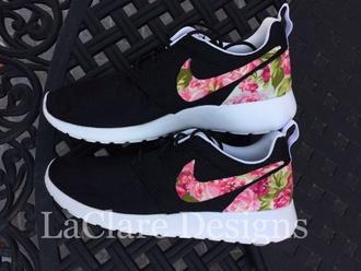 shoes floral roshe runs
