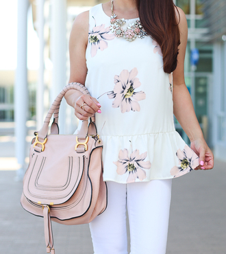 stylish petite blogger dress bag shoes jewels jeans sunglasses make-up nail polish white top floral top statement necklace pink bag white pants