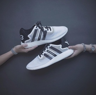 shoes y-3 yohji yamamoto sneakers style streetwear street fashion black shoes black and white adidas white shoes white sneakers