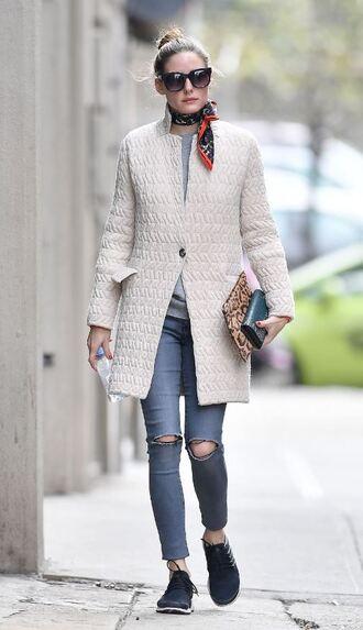 coat jeans streetstyle flats olivia palermo blogger