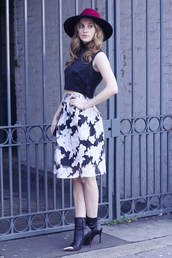 at fashion forte,blogger,hat,lace skirt,crop tops,black boots,date outfit,top,make-up,skirt,bag,jewels,shoes,floral midi skirt