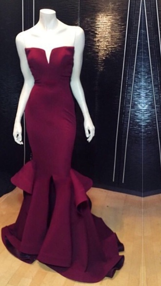 dress prom dress burgundy exactly like this strapless