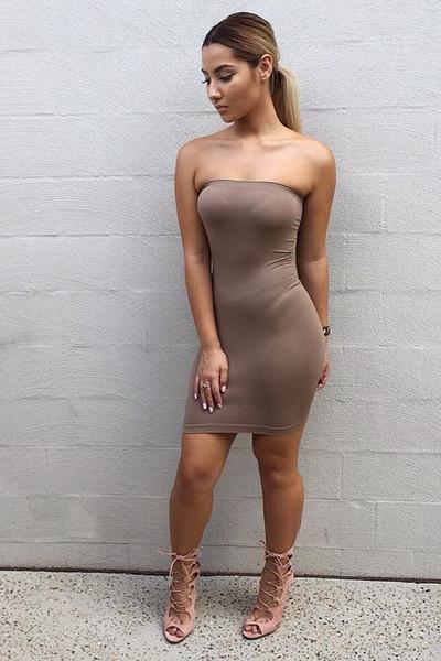 Simplicity strapless bodycon dress
