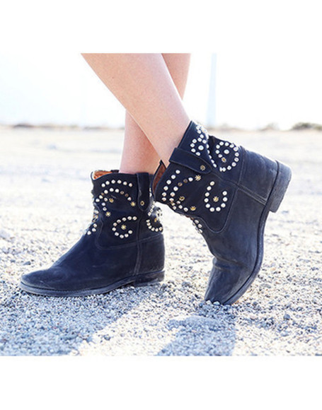 celebrity style boots wow cowboy shoes winter fall outfits winter outfits winter boots cowboy boots cowgirl boots alessandra ambrosio
