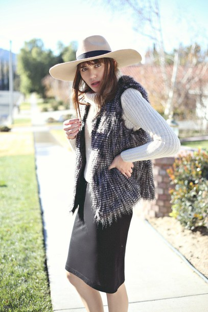 natalie off duty blogger faux fur vest pencil skirt sweater dress jacket grey fur vest felt hat hat white sweater turtleneck sweater turtleneck skirt black skirt