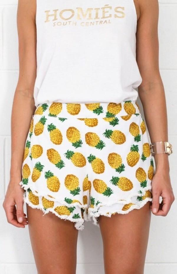 shorts pinapples cute t-shirt
