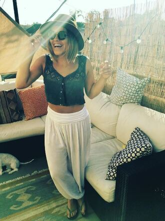 top pants summer outfits summer top gina rodriguez sunglasses instagram crop tops hat