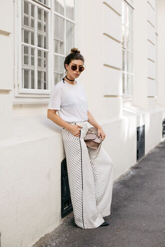pants tumblr polka dots wide-leg pants white pants t-shirt white t-shirt bag work outfits office outfits