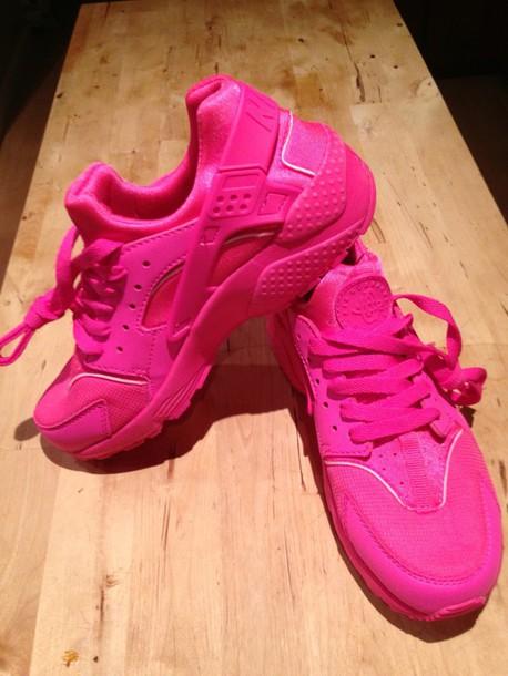b054bac9cc0cc ... australia shoes pink nike air huaraches 1fd3f f00f6