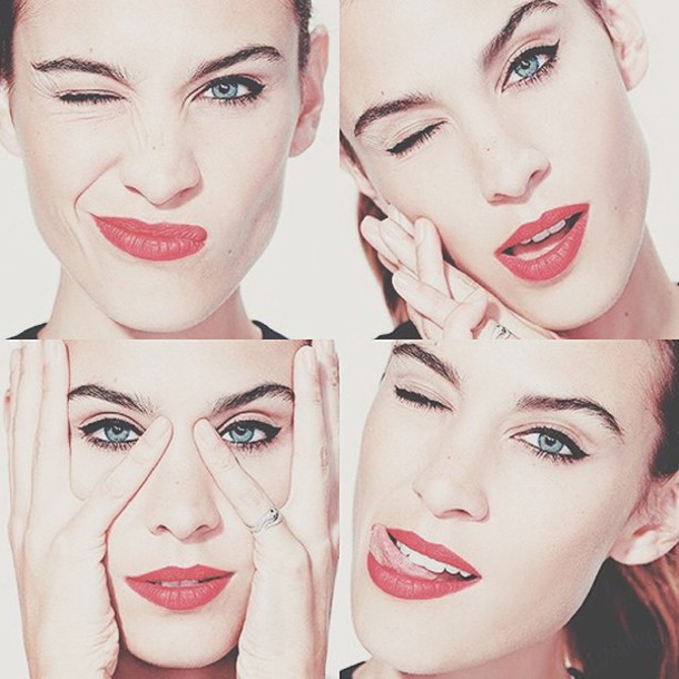 make-up alexa chung red lipstick