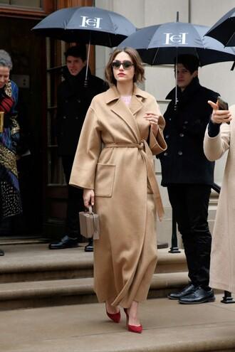 coat camel camel coat ny fashion week 2016 fashion week emmy rossum streetstyle pumps beige coat all beige everything