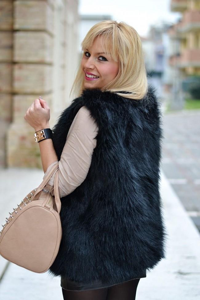 Girls club black faux fur vest