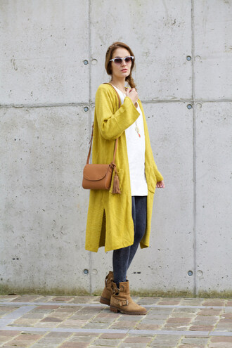 from brussels with love blogger cardigan leggings shoes