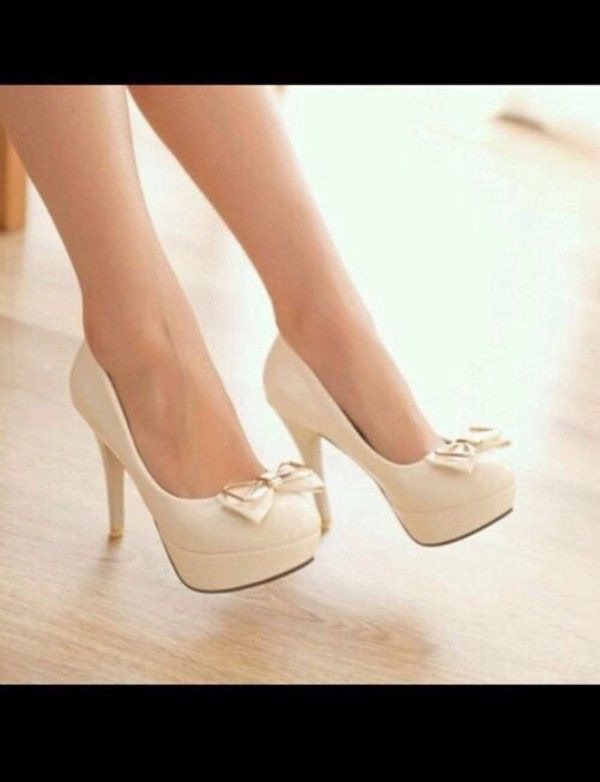 shoes high heels heels nude high heels beige high heels