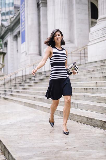 dress stripes mini dress heels bag earrings chain bag