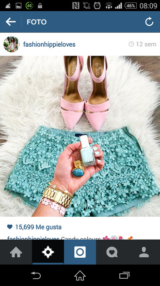 blue shorts pink shoes
