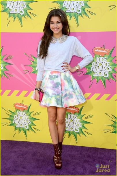 sweater zendaya celebrity skirt awards zendaya top dress pants blouse shirt celebrity shoes cardigan