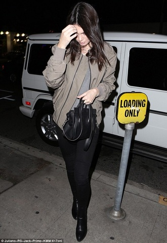 jacket kendall jenner kendall and kylie jenner