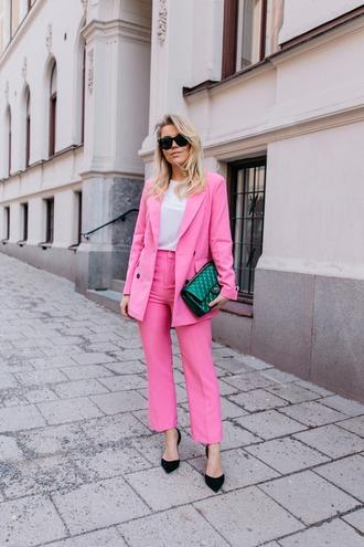 jacket blazer pink pink blazer pants pink pants pumps black pumps bag green bag sunglasses
