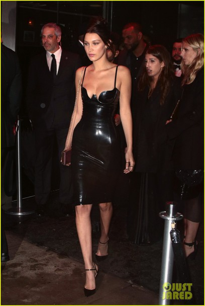 dress bella hadid latex
