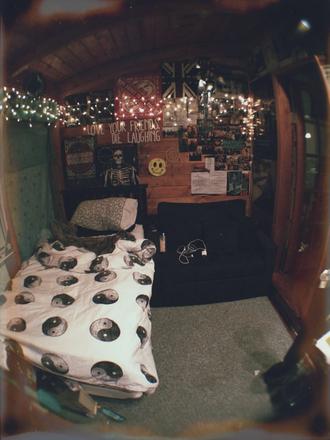 bag white grey bedding bedroom lights black yin yang