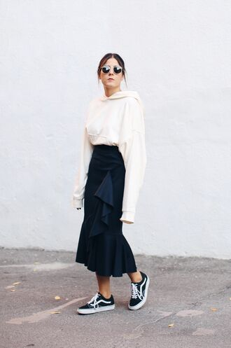 elif filyos blogger sweater skirt shoes midi skirt blue skirt vans sneakers vans outfits ruffle ruffle skirt hoodie white hoodie white sunglasses black sneakers wrap ruffle skirt