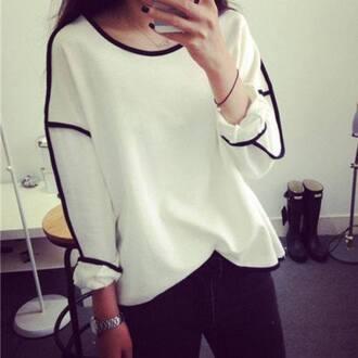 blouse whiteshirt blackandwhiteshirt blacklinning helt oversizeshirt pullover perfectshirt blackandwhite