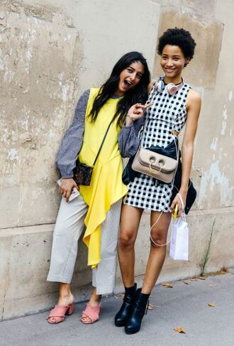 bag streetstyle model paris fashion week 2017 fashion week 2017 model off-duty mini dress