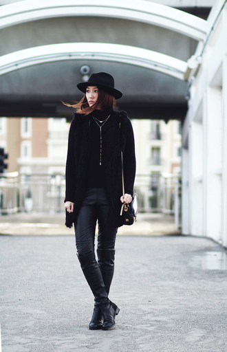 clothes to midnight blogger jacket leggings shoes bag jewels hat