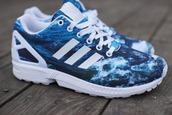 shoes,blues adidas sneakers,des baskets adidas bleues,motif mer-ciel