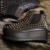shoes,black,spikes,metal,platform shoes,unif,jeffrey campbell,studded shoes