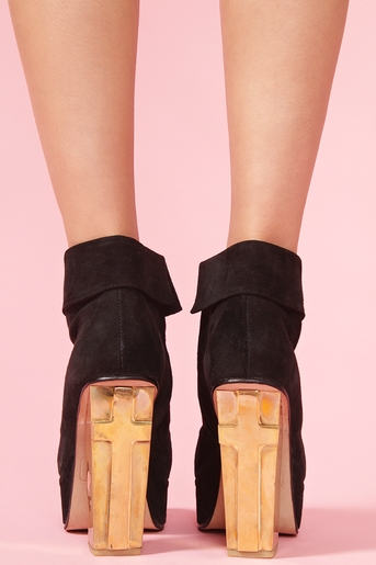 056b6d60c9f Cross Heel Boot in Shoes at Nasty Gal