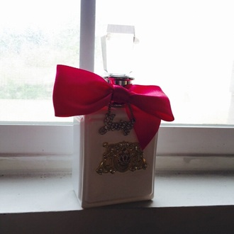 make-up juicy couture perfume water bottle