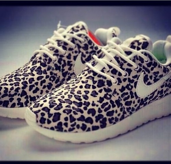 shoes cheetah nike cheetah print animal print running shoes tennis shoes