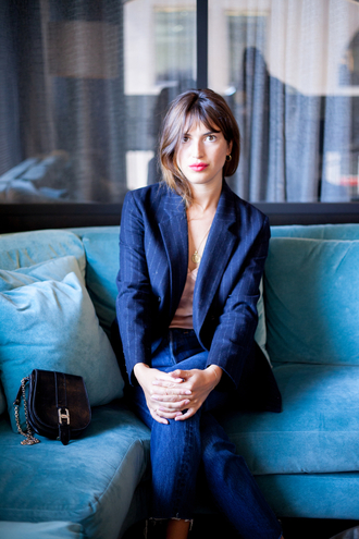 top rouje nude top blazer blue blazer denim jeans blue jeans bag black bag jeanne damas