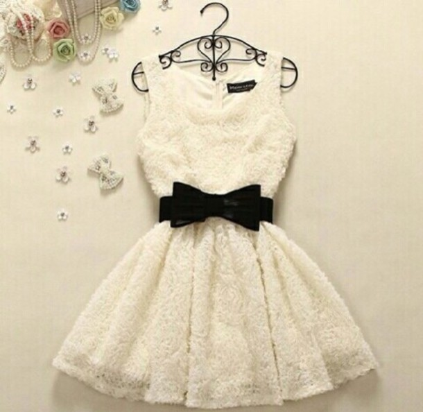 white dress black dress bows lace dress dress white black beautiful short dress mignon swag jolie dentelle