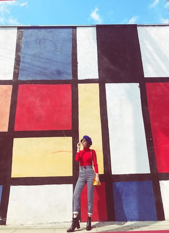 a fashion nerd blogger shoes hat shorts bag ankle boots beret red sweater high waisted jeans spring outfits