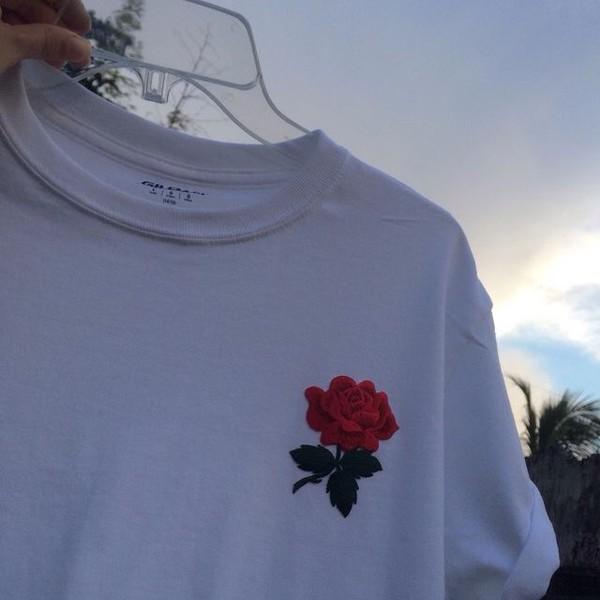 shirt white t-shirt roses graphic tee white tee shirt rose
