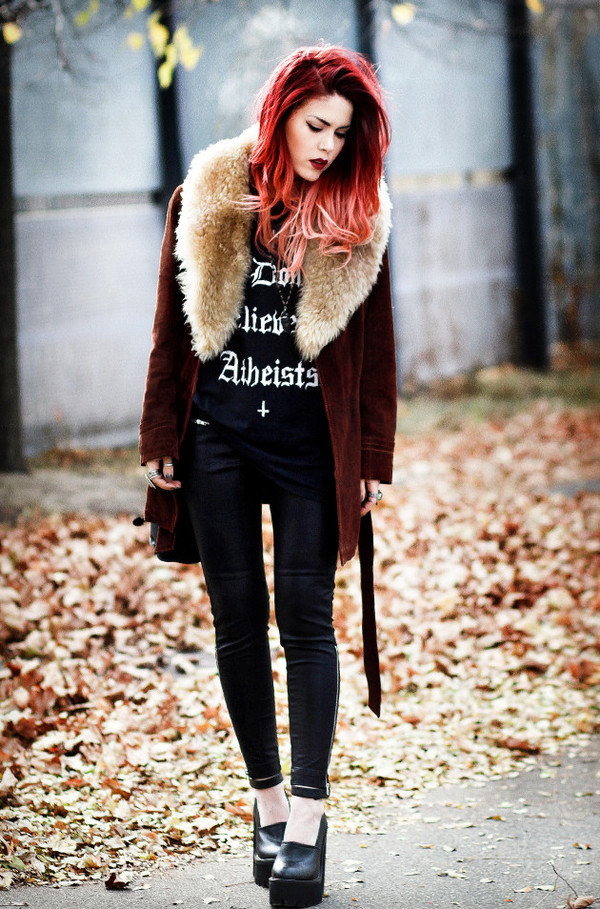le happy coat t-shirt pants shoes bag jewels