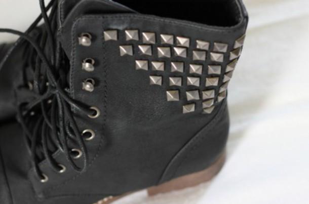 shoes noir black boots bottines clouté underwear