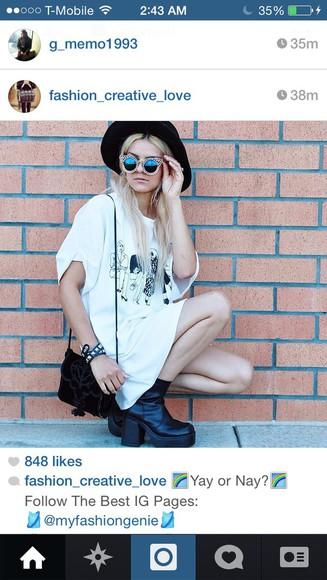 t-shirt sunglasses bag shoes