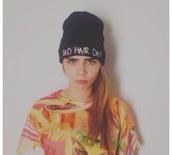 hat,cara delevingne,beanie,badhairday,cozy,cute,shirt
